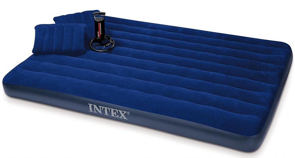 komplet postelja jastuk pumpa