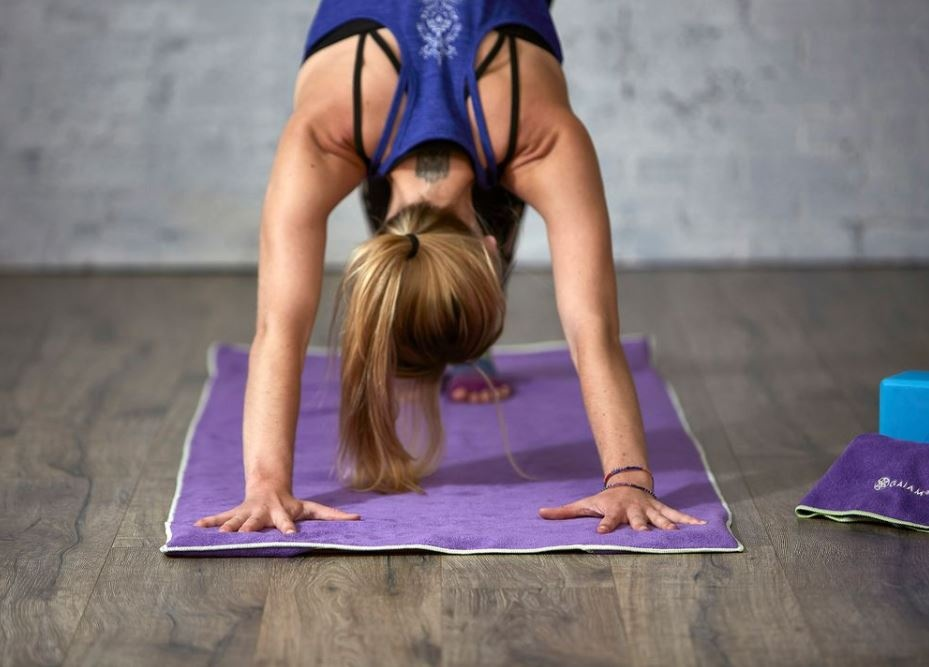 vadba z joga brisačo gaiam