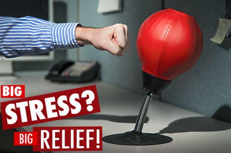 boks žoga za mizo proti stresu