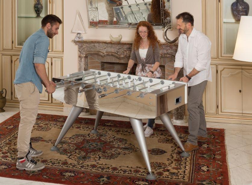 elegantna miza za namizni nogomet